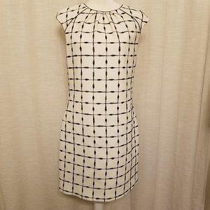 Belle Badgley Mischka 10 Black White Career Dress